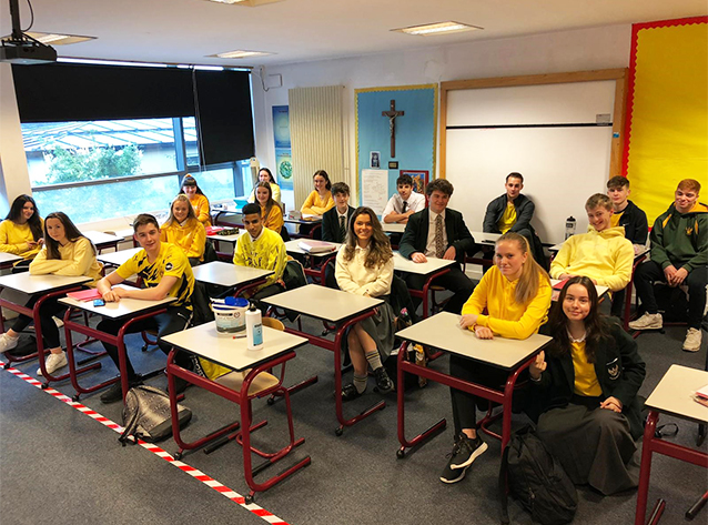 St Aloysius' College take part in #HelloYellow 2020